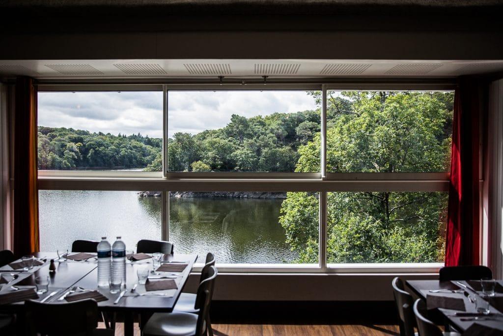 restaurant vue sur lac