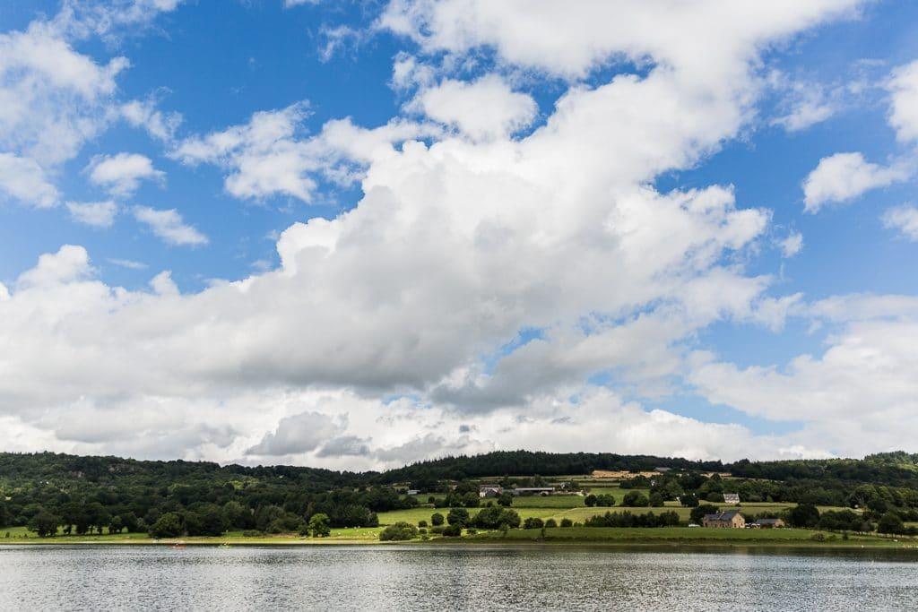 vue sur lac étang foot