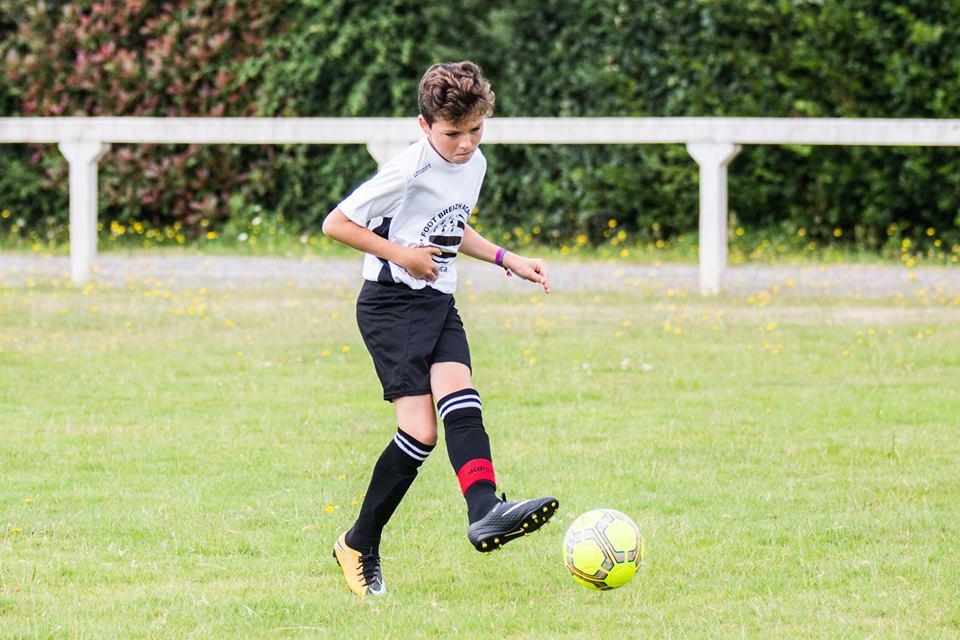 jeunes footballeur stage bretagne 10 ans