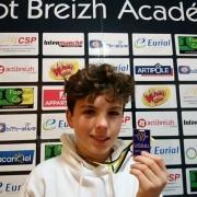 Ewen Daniel médaille stagiaire foot