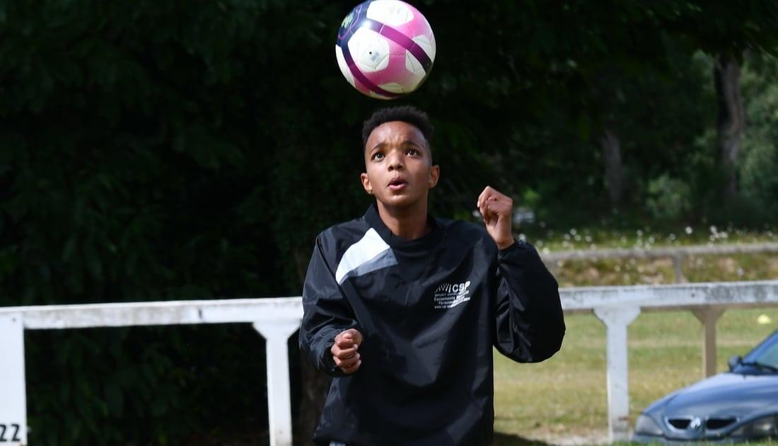 enfant afrique jongle academie