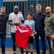 Enzo FC Valenciennes accompagné